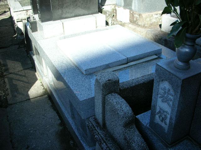 玄忠寺 墓地2