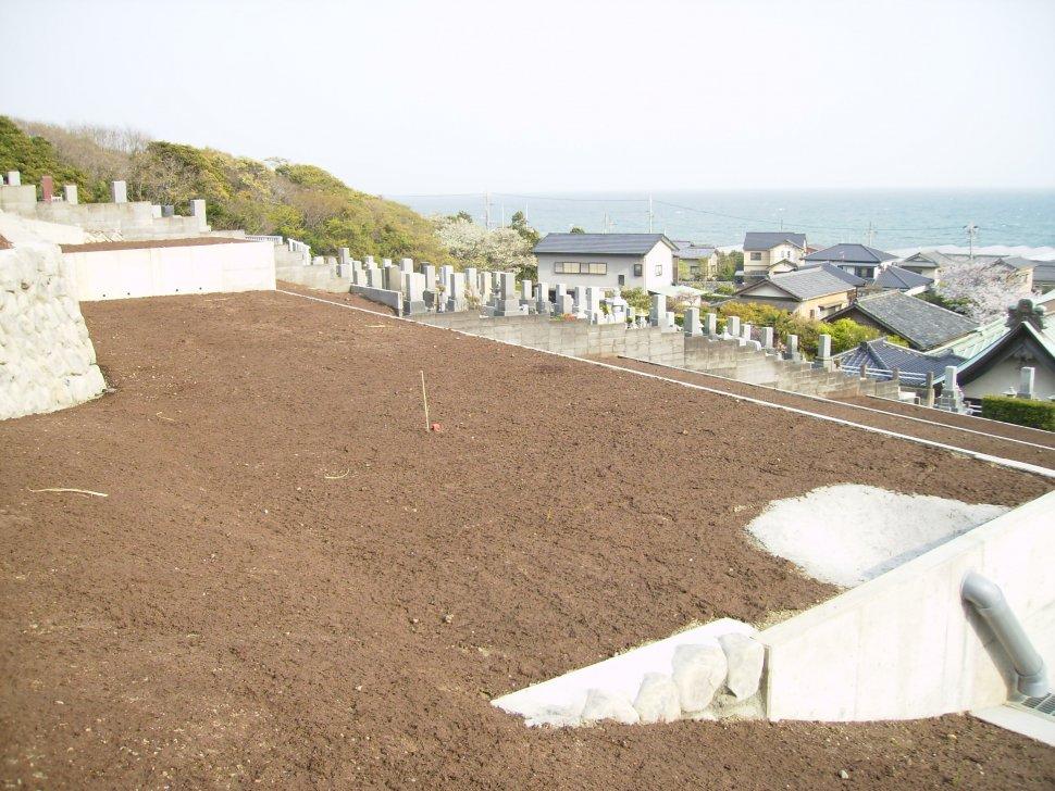 石蔵院墓地