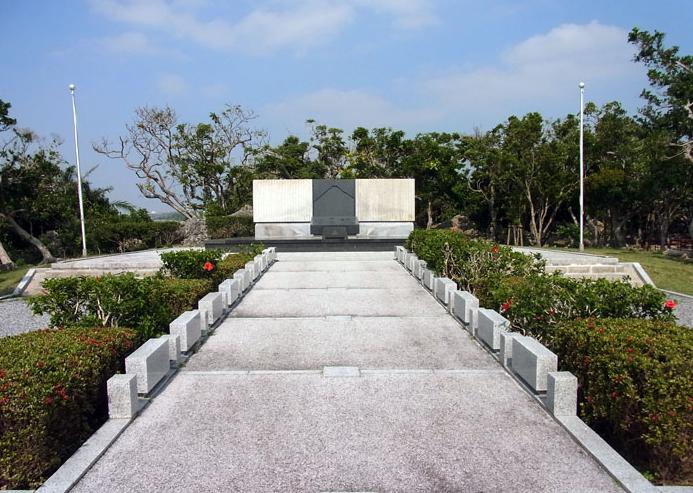 沖縄 静岡の塔